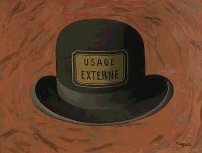 magritte cappello identità interazionista